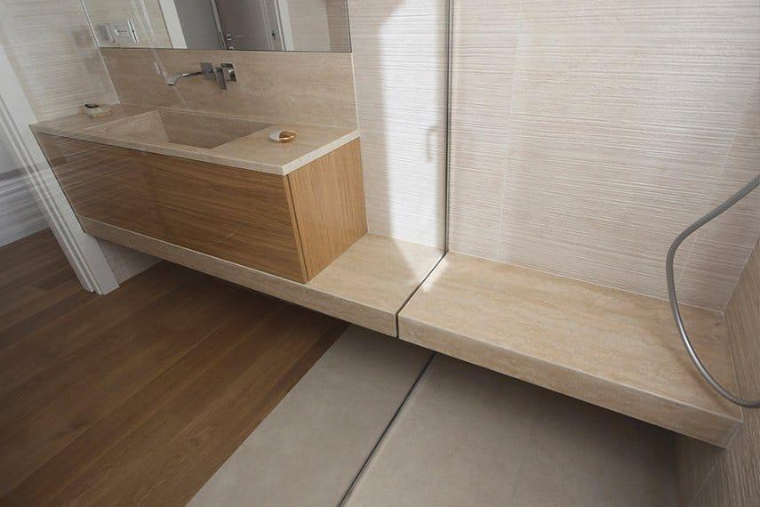 10_lavandino-in-legno-e-marmo-travertino