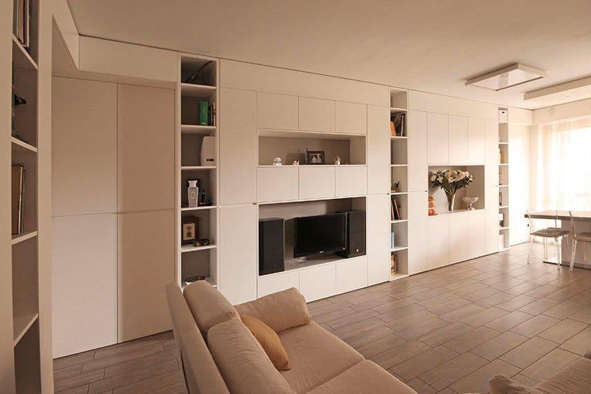 12-parete-attrezzata-moderna-tv-sospesa-milano