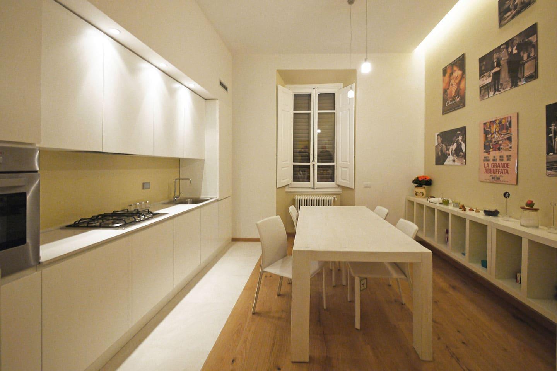 18-cucina-su-misura-tavolo-legno-firenze