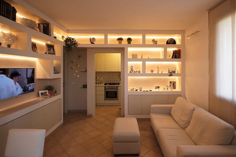 6-illuminazione-led-libreria-pisa