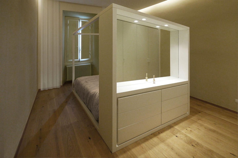 14-letto-baldacchino-bianco-design-originale-Firenze